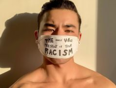 Chella Man, artiste américain d'origine chinoise dénonçant la xénophobie liée au covid-19